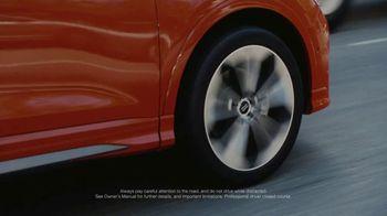 2019 Audi Q3 TV Spot, 'Touch' [T1] - Thumbnail 5