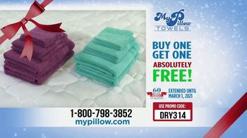 My Pillow Mike's Christmas Special TV Spot, 'Absorption Test' - Thumbnail 8