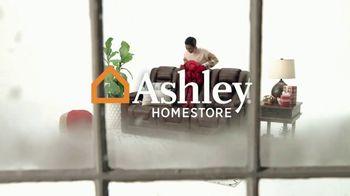 Ashley HomeStore Black Friday TV Spot, 'Reserva sus Doorbusters' [Spanish] - Thumbnail 1