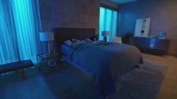 Sleep Number Veterans Day Sale TV Spot, 'Weekend Special: Save Up to $700: Ends Soon' - Thumbnail 4