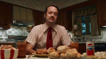 KFC $20 Fill Up TV Spot, 'Cubeta hablando' [Spanish] - Thumbnail 7