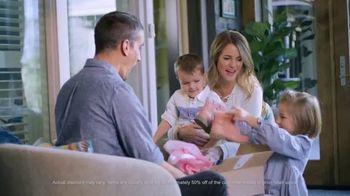 Poshmark TV Spot, 'Holidays: Up to 70% Off' - Thumbnail 6