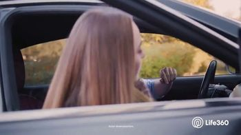 Life360 Crash Detection TV Spot, 'Feeling Safe' - Thumbnail 9