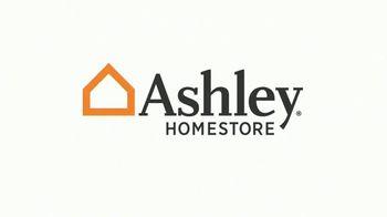 Ashley HomeStore Greatest Sale in History TV Spot, 'No intereses' [Spanish] - Thumbnail 1