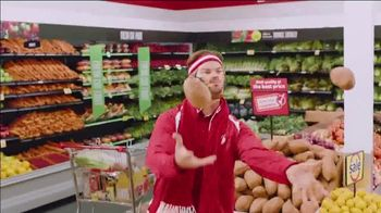 Winn-Dixie TV Spot, 'Thanks-WINNING: Juggling' - Thumbnail 6