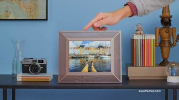 Aura Frames TV Spot, 'Stay Connected' - Thumbnail 5