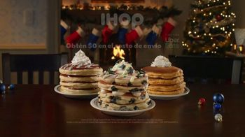 IHOP Holiday Family Feast TV Spot, 'Panqueques de temporada' [Spanish] - Thumbnail 9