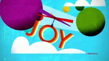 Marine Toys for Tots TV Spot, 'Disney Junior: Holiday Joy' - Thumbnail 8