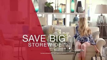 La-Z-Boy Black Friday Sale TV Spot, 'Storewide Savings and Special Financing' - Thumbnail 8