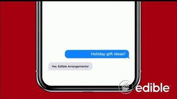 Edible Arrangements TV Spot, 'Texting Holiday Gift Ideas' - Thumbnail 3