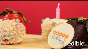 Edible Arrangements TV Spot, 'Texting Holiday Gift Ideas' - Thumbnail 5