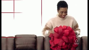 Ashley HomeStore Black Friday 4 Day Sale TV Spot, 'Buy One, Get One Half Off' - Thumbnail 2