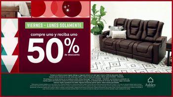 Ashley HomeStore Black Friday TV Spot, 'Compre uno y reciba uno 50% de descuento' [Spanish] - Thumbnail 4