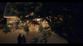 Ferrero Rocher TV Spot, 'Holidays: Golden Transformation' - Thumbnail 1
