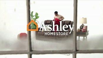 Ashley HomeStore Black Friday TV Spot, '50% de descuento y 0% interés' [Spanish] - Thumbnail 1