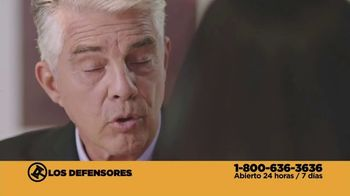 Los Defensores TV Spot, 'Atropellado' con Jorge Jarrín, Jaime Jarrín [Spanish] - Thumbnail 4