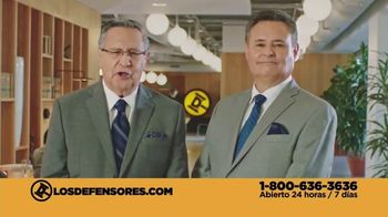 Los Defensores TV Spot, 'Atropellado' con Jorge Jarrín, Jaime Jarrín [Spanish] - Thumbnail 9