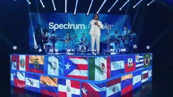 Spectrum Mobile TV Spot, 'Transmisión de música' canción de Ozuna, Doja Cat, Sia [Spanish] - Thumbnail 6