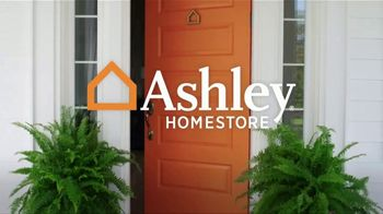 Ashley HomeStore Black Friday Sale TV Spot, '40% Off Hot Buys' - Thumbnail 1