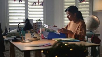 Samsung Galaxy TV Spot, 'Holidays: Make Their Year, With Galaxy Tab S7+' Song by The Morning Benders - Thumbnail 4