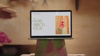 Squarespace TV Spot, 'All You Need to Launch a Celebrated Art Career' - Thumbnail 7