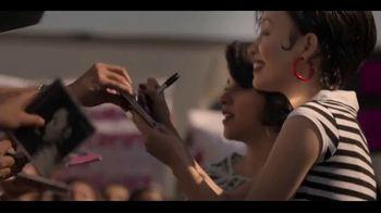 Netflix TV Spot, 'Selena' Song by Selena - Thumbnail 6