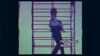 Voltaren TV Spot, 'El placer de moverse' con Paula Abdul [Spanish] - Thumbnail 2