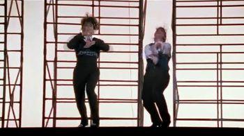 Voltaren TV Spot, 'El placer de moverse' con Paula Abdul [Spanish] - Thumbnail 4