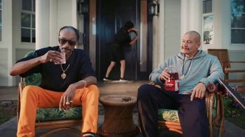 Vivint TV Spot, 'Guard Doggs' Featuring Snoop Dogg, Nathan Apodaca - Thumbnail 7