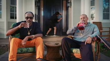 Vivint TV Spot, 'Guard Doggs' Featuring Snoop Dogg, Nathan Apodaca - Thumbnail 8