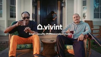 Vivint TV Spot, 'Guard Doggs' Featuring Snoop Dogg, Nathan Apodaca - Thumbnail 9
