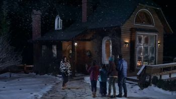 L.L. Bean Wicked Good Slippers TV Spot, 'Holidays: Made for This' Song by Cheryl Lynn - Thumbnail 8