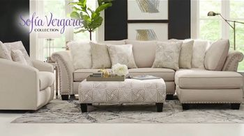 Rooms to Go Holiday Sale TV Spot, '$999 Sofia Vergara Collection Sectional' - Thumbnail 3