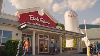 Bob Evans Restaurants Farmhouse Feast TV Spot, 'Thanksgiving: Feeds Up to 10' - Thumbnail 5