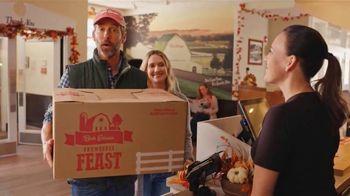 Bob Evans Restaurants Farmhouse Feast TV Spot, 'Thanksgiving: Feeds Up to 10' - Thumbnail 2
