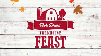 Bob Evans Restaurants Farmhouse Feast TV Spot, 'Thanksgiving: Feeds Up to 10' - Thumbnail 3