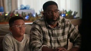Portal from Facebook TV Spot, 'Holiday Stories With Leslie Jones' - Thumbnail 7