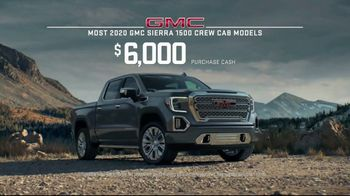 2020 GMC Sierra TV Spot, 'Jaw Drop: Bear' [T2] - Thumbnail 10