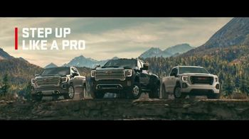 2020 GMC Sierra TV Spot, 'Jaw Drop: Bear' [T2] - Thumbnail 7