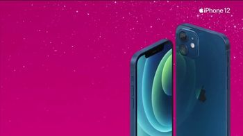 T-Mobile TV Spot, 'Holidays: Apple iPhone 12 on Us' - Thumbnail 8