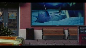 Gaylord Hotels TV Spot, 'I Love Christmas Movies' - Thumbnail 5