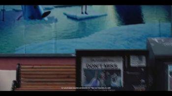 Gaylord Hotels TV Spot, 'I Love Christmas Movies' - Thumbnail 7
