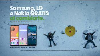 Cricket Wireless TV Spot, 'Vacaciones: pelea de bolas de nieve' [Spanish] - Thumbnail 10