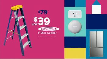 Lowe's Season of Savings Event TV Spot, 'Home for the Holidays: Stylish Gifts' - Thumbnail 9