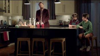 Amazon Black Friday TV Spot, 'Gasta menos, sonríe más:El mejor padre' [Spanish] - Thumbnail 8