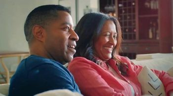 Cleveland Clinic TV Spot, 'Digestive Issues: Around the Corner' - Thumbnail 1