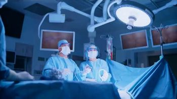 Cleveland Clinic TV Spot, 'Digestive Issues: Around the Corner' - Thumbnail 6