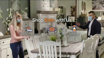 Ashley HomeStore Black Friday Deal Days TV Spot, 'Daily Deals and 0% Interest' - Thumbnail 5