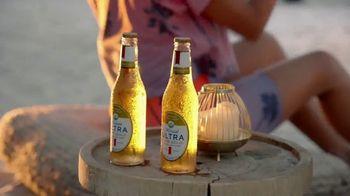 Michelob ULTRA Pure Gold TV Spot, 'Playa' Song by Maluma [Spanish] - Thumbnail 2