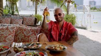 Michelob ULTRA Pure Gold TV Spot, 'Playa' Song by Maluma [Spanish] - Thumbnail 4